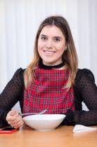 Női étkező mellény-előke skót mintás